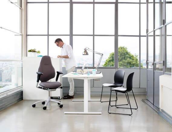 Mereo med alu stel og høj ryg, Noor gæstestole