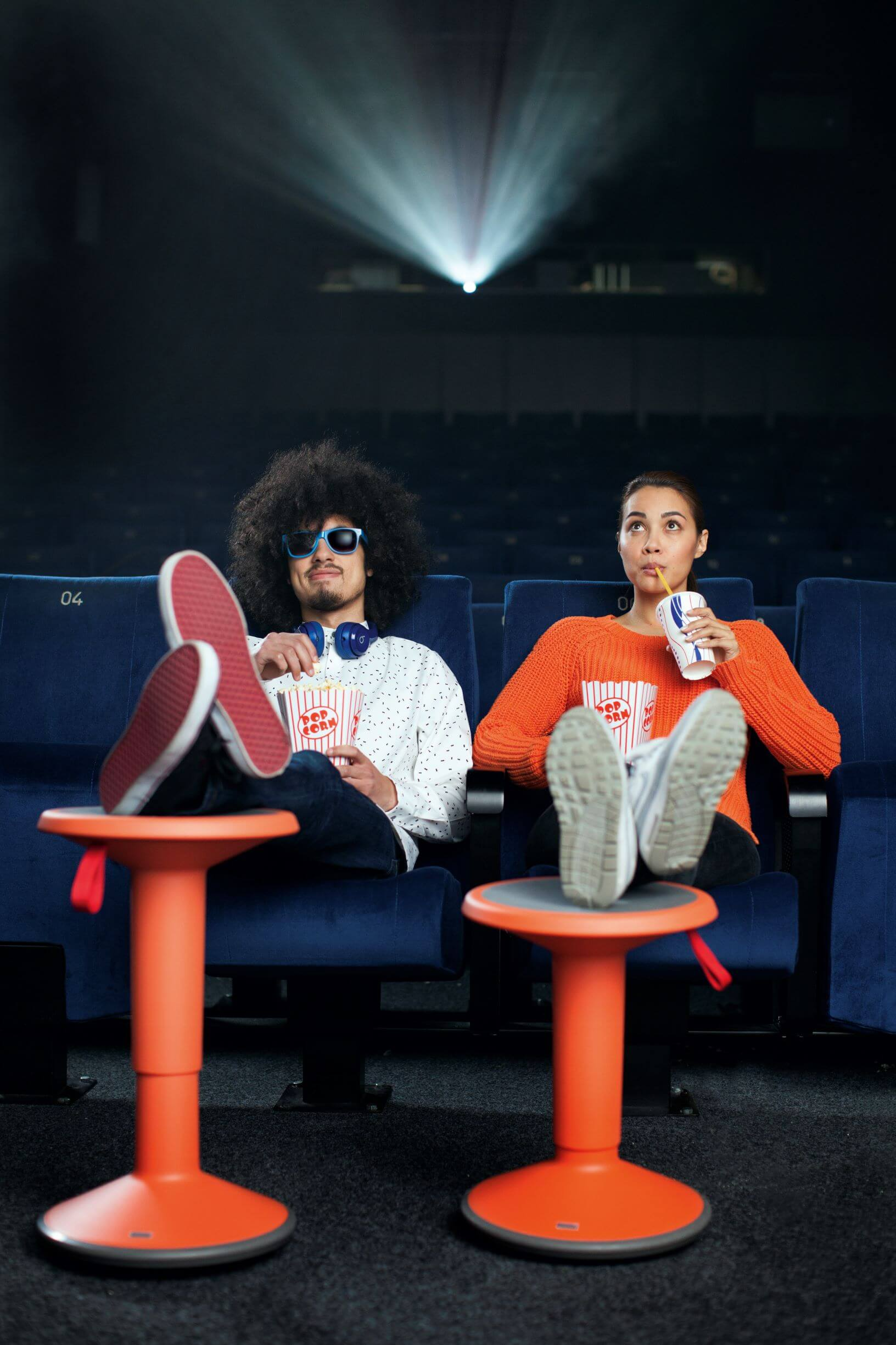 Sidde-stå stol UPis1 i orange