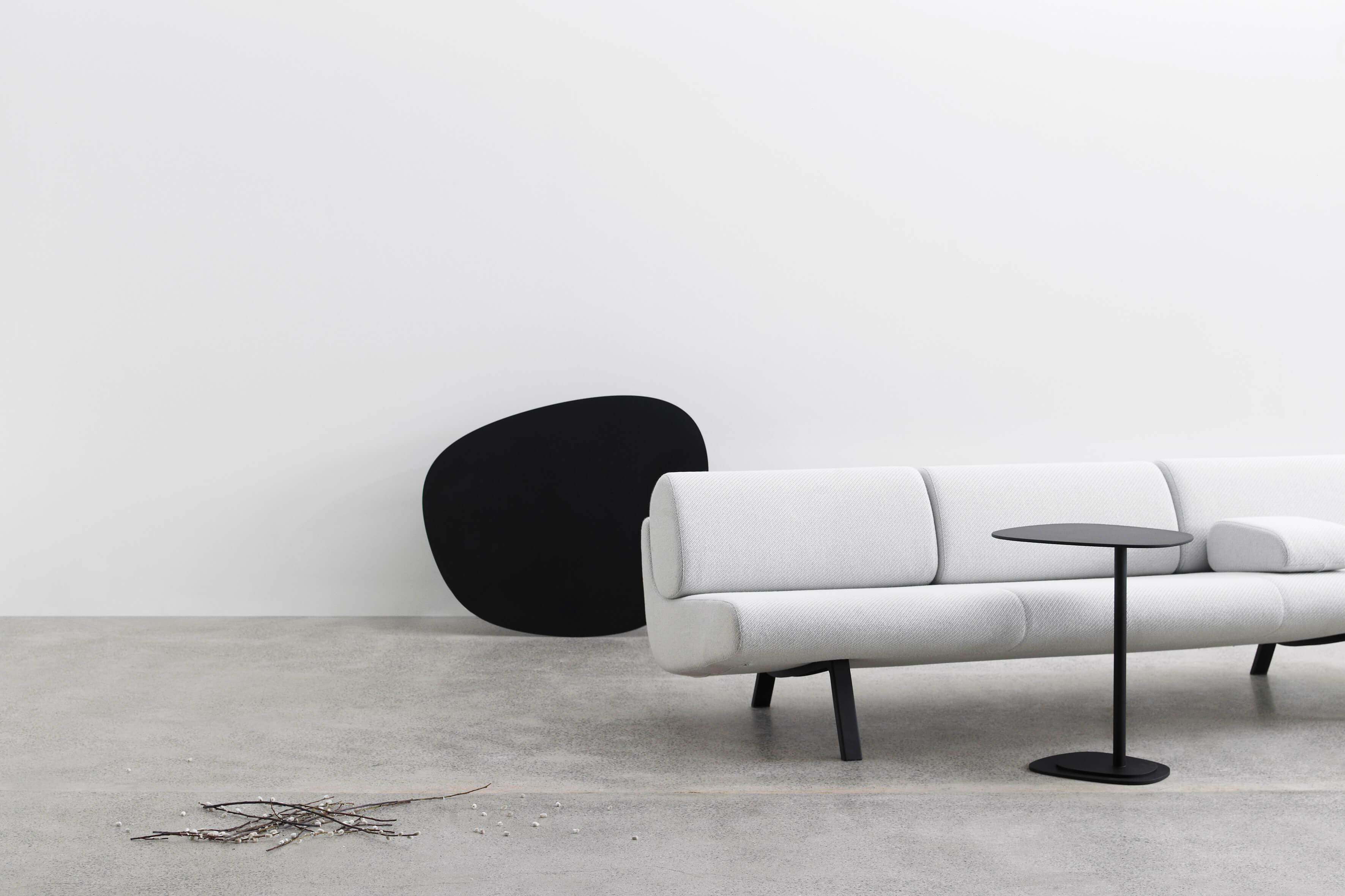 Sofa fra Erik Jørgensen og Insula bord